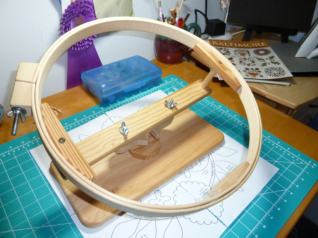 Quilting Frames/Hoops : quilting hoop stand - Adamdwight.com